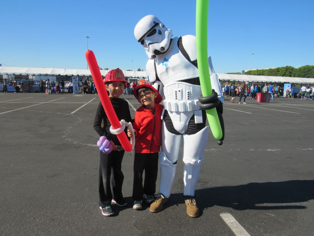 BHW Storm Trooper with Firefighters
