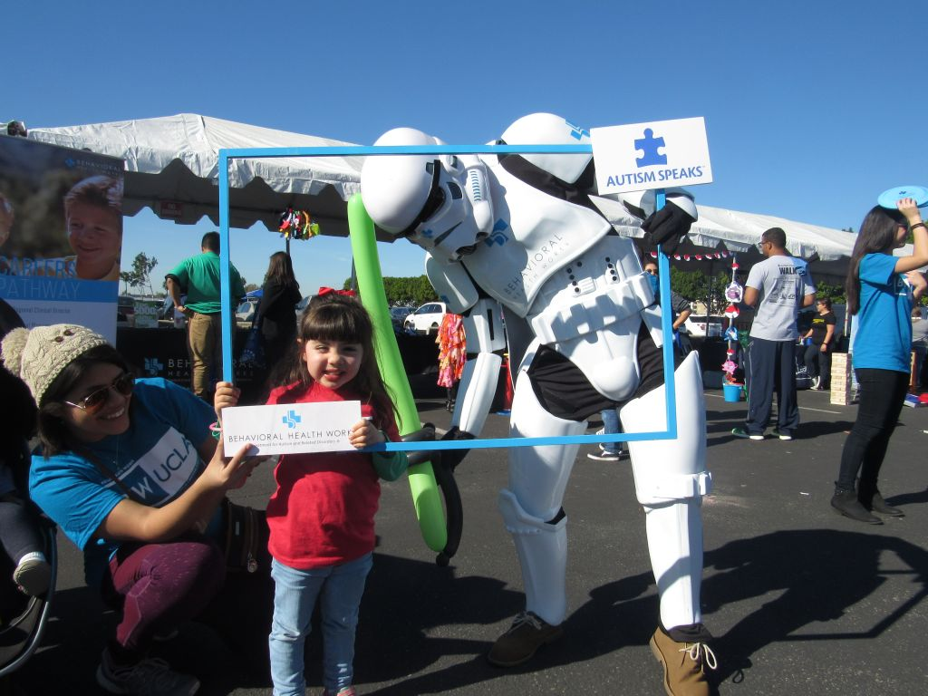 BHW Storm Trooper with Girl
