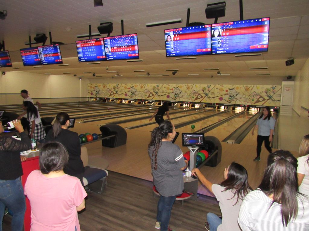 BHW LA Rally Bowling Night 08