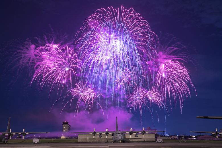 4th of July LAX 170630 F PM645 897